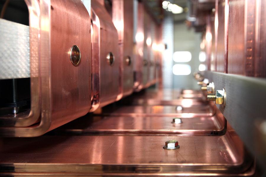 Stromschienenverteiler 01-HUNDT Elektrosysteme