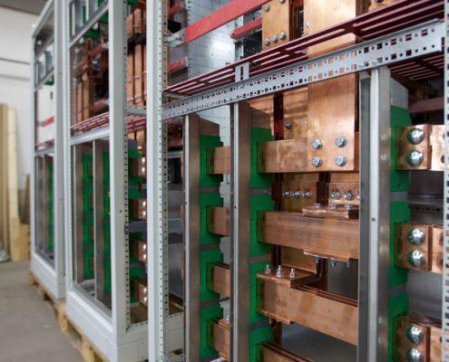 Schienenverteiler 04-HUNDT Elektrosysteme